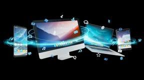 De apparaten en de pictogrammen de toepassingen van technologie verbonden het 3D teruggeven Stock Fotografie