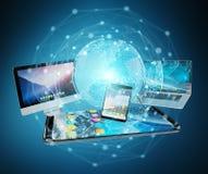 De apparaten en de pictogrammen de toepassingen van technologie verbonden het 3D teruggeven Stock Foto's