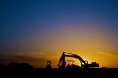 De apparatuur van de bouw in horizontaal Silhouet, Royalty-vrije Stock Foto's