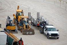 De apparatuur van de bouw op het strand Stock Fotografie