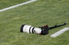 De apparatuur van de foto op groen gras Royalty-vrije Stock Foto