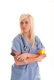 De arbeider die van de gezondheidszorg bij de behandeling beslist stock afbeeldingen