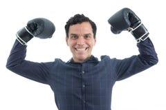De arbeider toont zijn sterkte 3d geïsoleerd op witte achtergrond De persoon draagt Stock Afbeelding