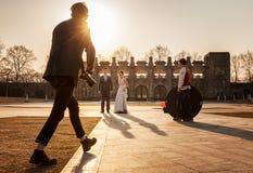 De arbeider van de huwelijksfotografie Stock Afbeeldingen
