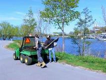 De arbeider van het park    Stock Foto's