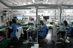 De Arbeiders van de diodefabriek Royalty-vrije Stock Afbeeldingen