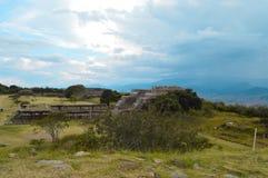 De archeologische plaats van Monte Alban in Oaxaca-Staat Royalty-vrije Stock Afbeeldingen