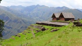 De archeologische ruïnes van Huchuyqosqo in Peru royalty-vrije stock fotografie