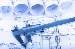 De architectuur rolt de architecturale architect van het plannenproject Royalty-vrije Stock Afbeelding