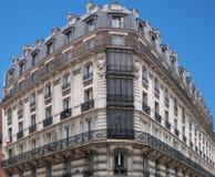 De Architectuur van Parijs - de hoekhuis 2 van H. Malot Stock Afbeelding