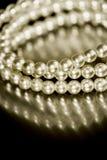 De armband van de parel in sepia toon Stock Afbeelding