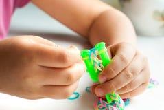 De armband van de weefgetouwband stock afbeelding