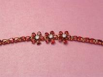 De armband van juwelen met granaten Stock Foto