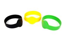 De armbanden van kleuren rfid identiteitskaart Stock Foto's