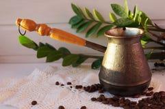 De aromatische koffie is een favoriete drank royalty-vrije stock foto