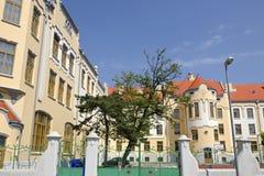De art decomiddelbare school in Bratislava, Slowakije Stock Fotografie