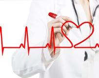 De arts die een hart trekt sloeg ECG stock fotografie