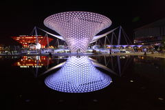De As van Expo in Nacht Stock Fotografie