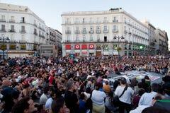 De assemblage van de massa over Puerta del Sol Royalty-vrije Stock Foto's