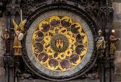 De astronomische klok van Praag bij de Oude Stadsstad Tsjechische Republiek Stock Afbeeldingen