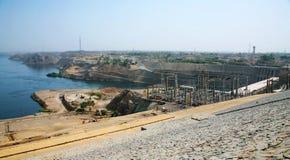 De Aswan-Dam in Aswan, Egypte Stock Afbeeldingen