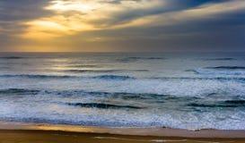 De Atlantische Oceaan dichtbij Seignosse - Frankrijk Stock Foto