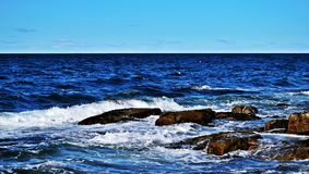 De Atlantische Oceaan door Rockport, de V.S. royalty-vrije stock foto