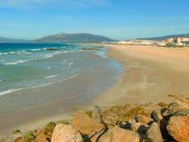 De Atlantische Oceaan in Tarifa, Spanje Stock Afbeeldingen