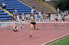 De atleten op internationale atletisch komen samen Stock Fotografie