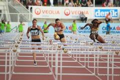 De atletiekras van Praag - 100 meter hindernissen Stock Afbeelding