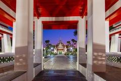 De atmosfeer binnen Wat Arun-tempelori?ntatiepunt en iconisch van Bangkok royalty-vrije stock afbeelding