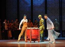 De atmosfeer is de onhandig-derde handeling van de gebeurtenissen van dans drama-Shawan van het verleden stock fotografie