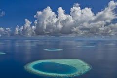 De Atollen van de Maldiven stock foto