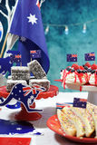 De Australische lijst van de themapartij met vlaggen en iconisch voedsel Royalty-vrije Stock Afbeelding
