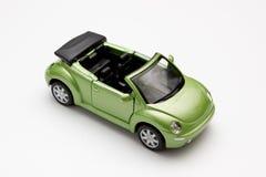 De auto is groen Stock Afbeeldingen