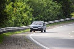 De auto Russische auto-industrie De negende lijstwerken modelsedan Verouderd model stock foto's