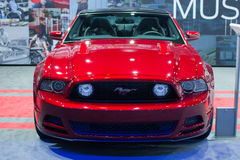 De auto van de de Coupépremie van Ford Mustang GT op vertoning bij La Auto toont Royalty-vrije Stock Afbeeldingen
