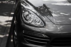 De auto van de luxe SUV Royalty-vrije Stock Afbeeldingen