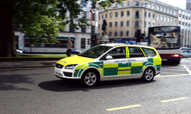 De auto van de paramedicus Stock Afbeeldingen