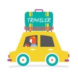 De Auto van de reiziger met Reusachtige Bagage op het Rek Stock Foto