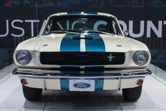 De auto van Shelby GT350 van Ford Mustang 1966 op vertoning bij La Autosho Stock Foto
