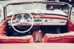 De autobinnenland van de luxe Stock Afbeelding