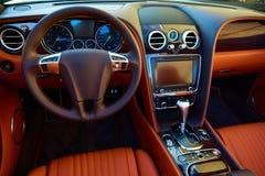 De autobinnenland van de luxe royalty-vrije stock afbeeldingen