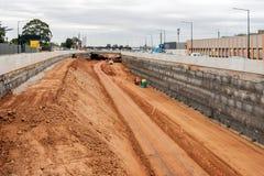 De autosnelwegverbetering van de zuidenweg in Adelaide, Zuid-Australië stock afbeelding