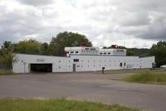 De Autowasserette van de schipvorm Stock Fotografie