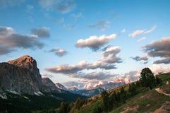De avonden van Dolomiti royalty-vrije stock afbeeldingen