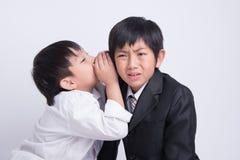 De Aziatische werkgever van het jongenspersoneel stock afbeelding