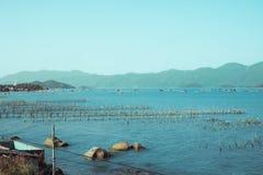 De baai en de haven in Vietnam Stock Fotografie