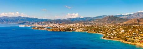 De Baai van Agios Nikolaos en Mirabello-, Kreta, Griekenland Royalty-vrije Stock Afbeelding