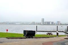 de Baai van Cardiff in Wales, het UK royalty-vrije stock afbeeldingen